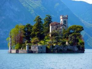 isloa di loreto lago d'iseo